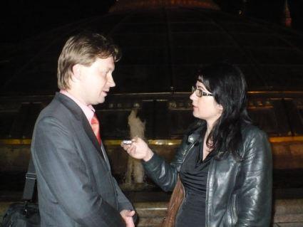 02._nikolai_alekseev_with_slovenian_journalist-1